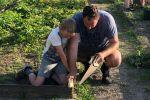 2018 Ouders helpen in de tuin (6)